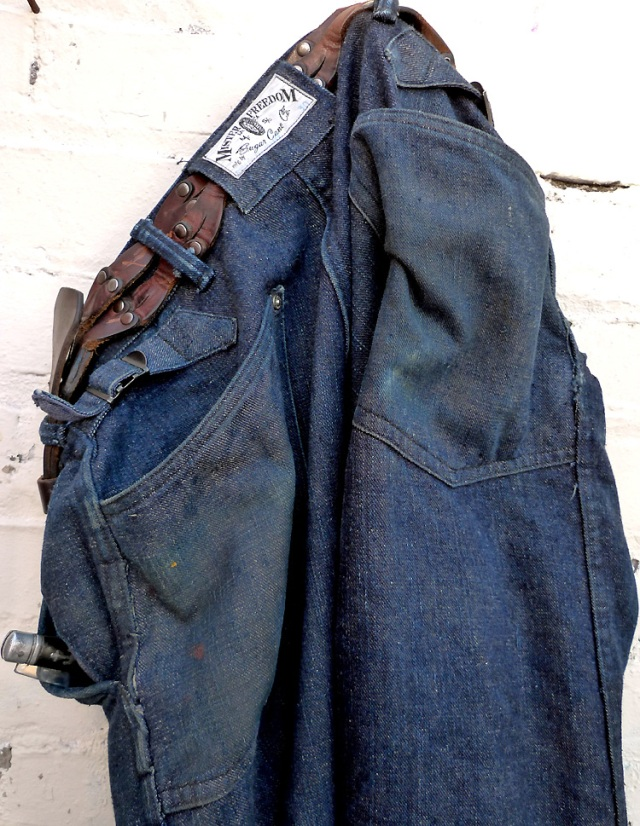mfsc-riders-dungarees-back